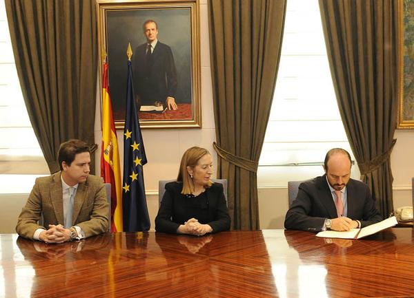 Firma del convenio para la construcción de la nueva estación de Cercanías de Torrejón
