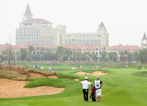 El golf, se sigue en masa en China por la televisi�n.